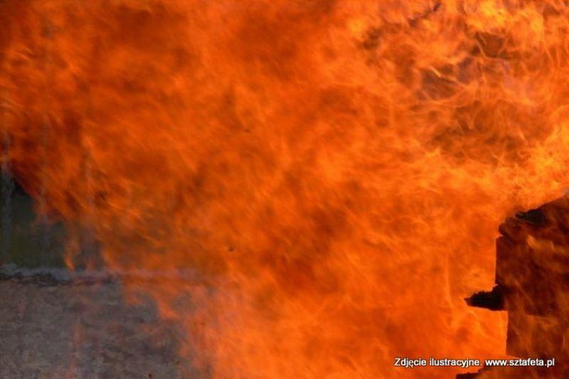 Stalowa Wola: Pożar dwóch samochodów ciężarowych
