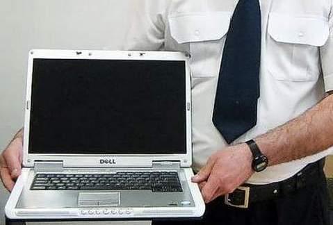 Policjanci odzyskali skradzionego laptopa