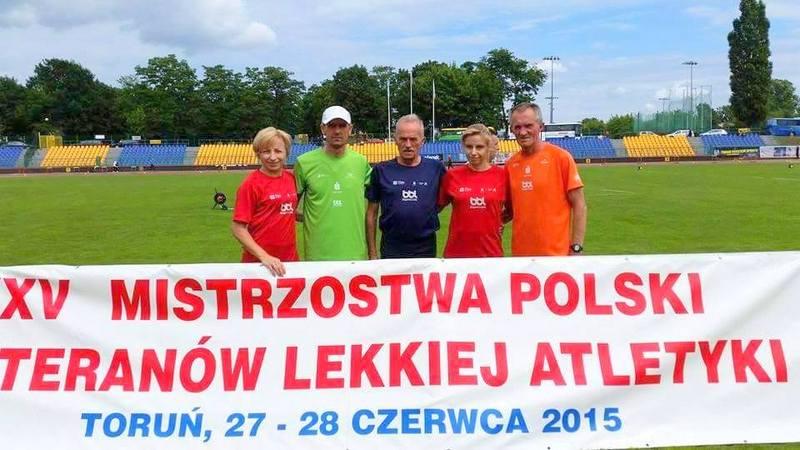 9 medali biegaczy SKB Stalowa Wola w MP Mastersów w Toruniu