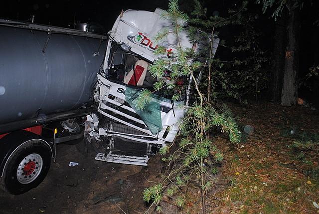 Dwa wypadki na powiatowych drogach
