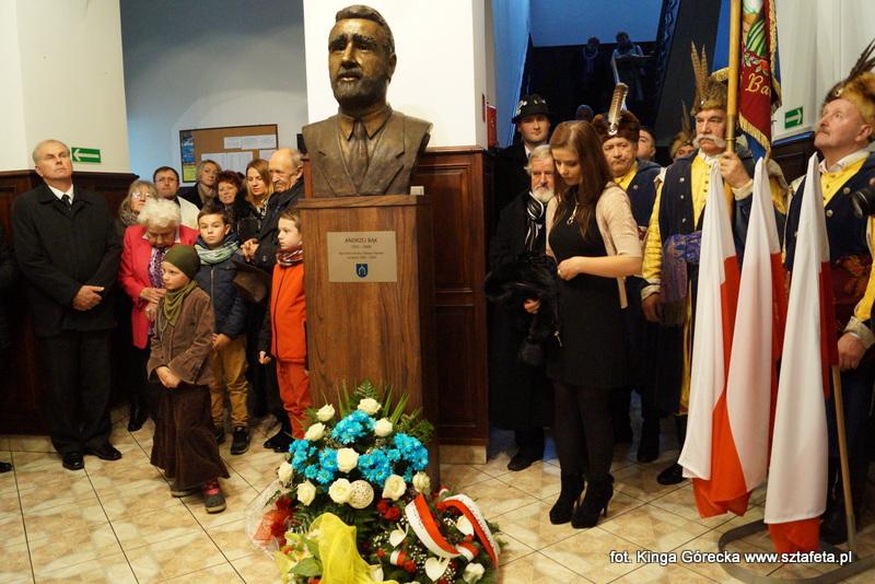 Odsonili popiersie Andrzeja Bąka