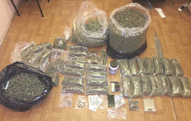 Policjanci ujawnili 10 kg narkotyków