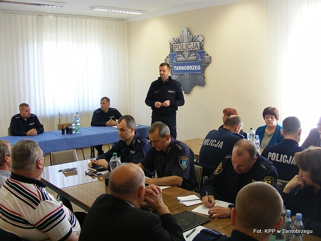 Policjanci spotkali się z działkowcami