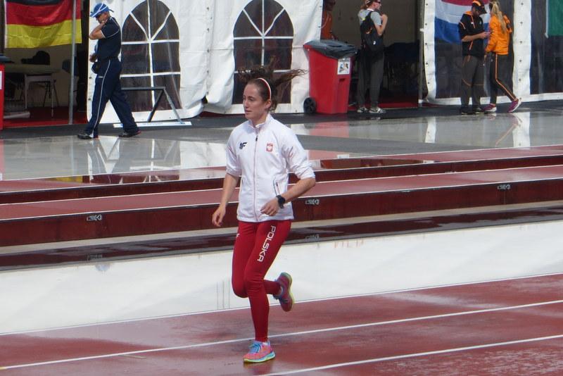 Oliwia Pakuła biegała ze złamana nogą!