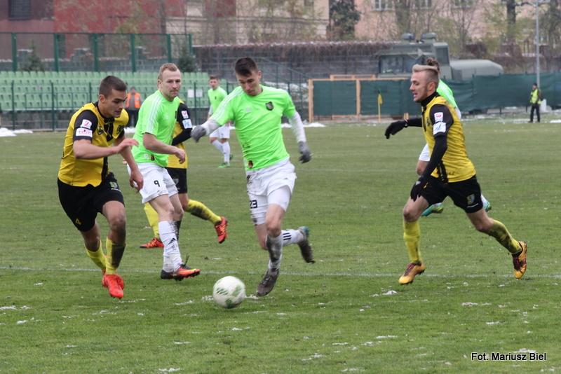 II liga piłki nożnej. Siarka Tarnobrzeg - Stal Stalowa Wola 2:2