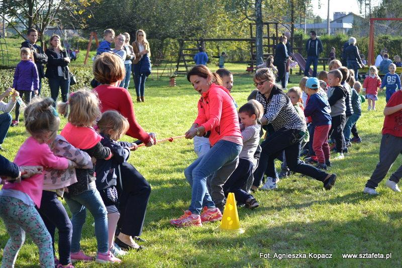 Wspólna zabawa w dniu przedszkolaka