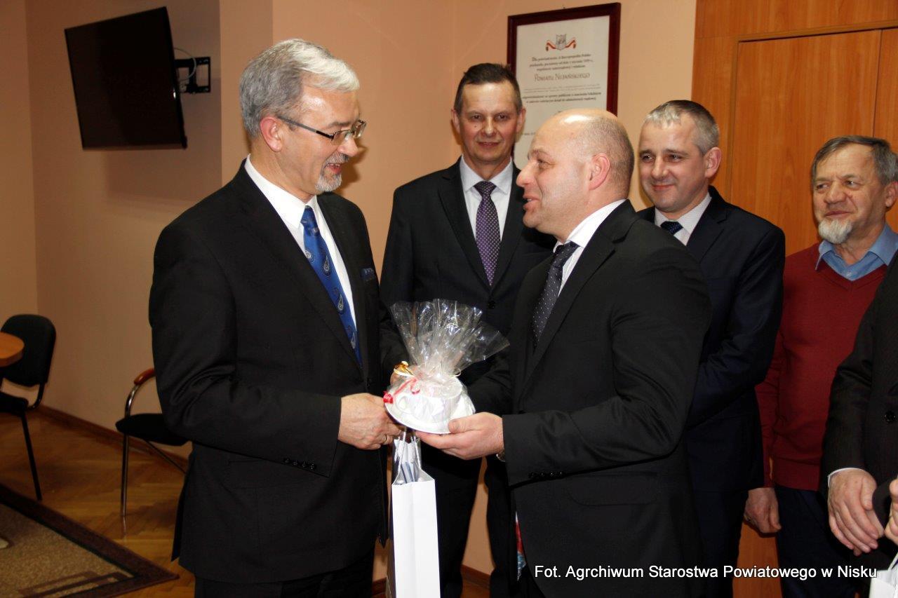 Minister Kwieciński spotkał się z niżańskimi samorządowcami