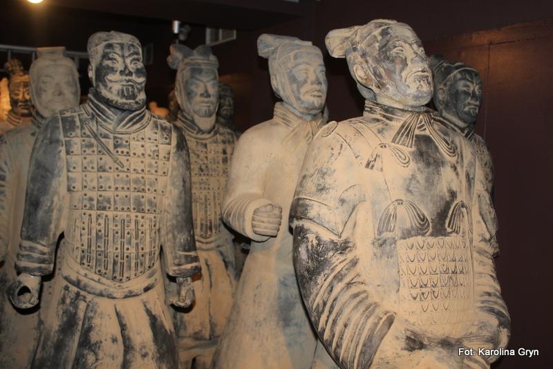 Chińska armia posągów w Muzeum Regionalnym w Stalowej Woli