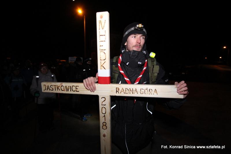 Z krzyżem na Radną Górę