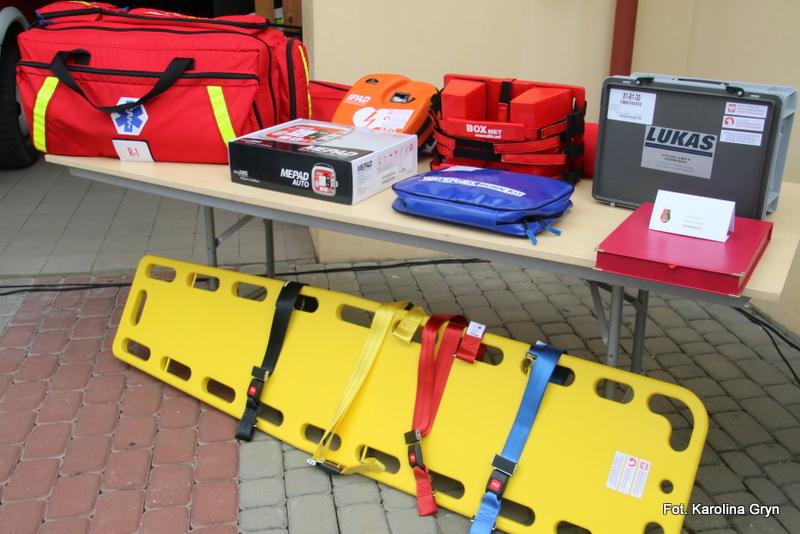 Strażak musi być wyposażony w odpowiedni sprzęt