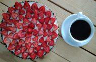 Tarta z masą mascarpone i truskawkami