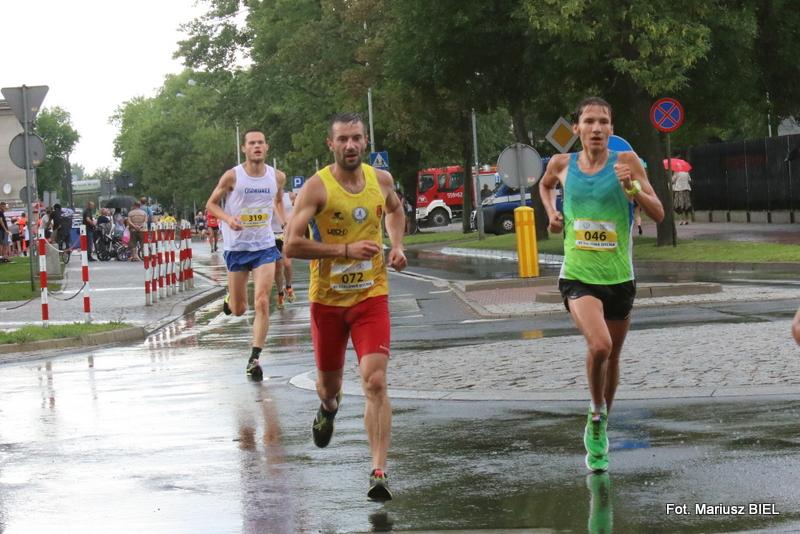 VI Stalowa Dycha - bieg główny 10 km