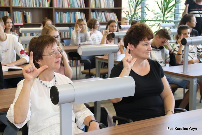 Warsztaty języka migowego w Stalowej Woli