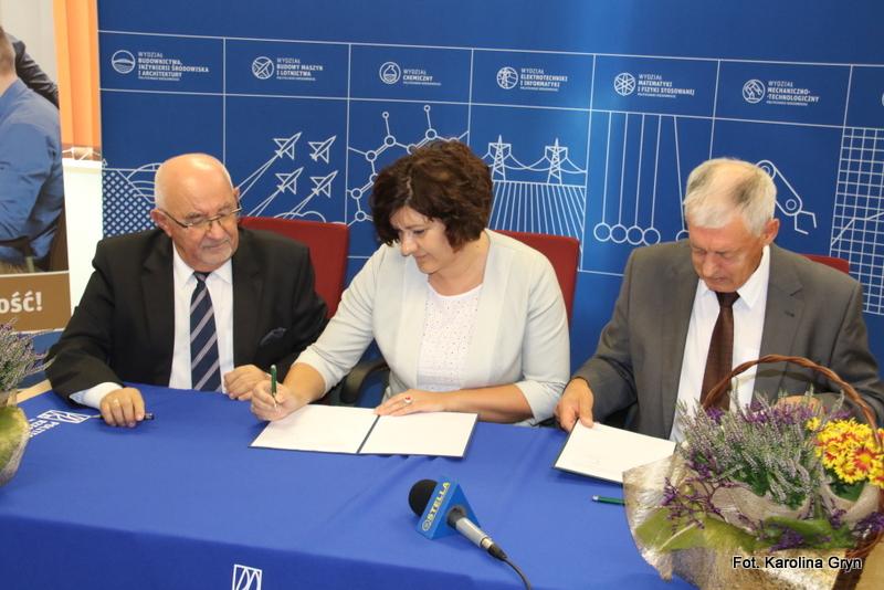 SANBank podejmuje współpracę z Politechniką Rzeszowską