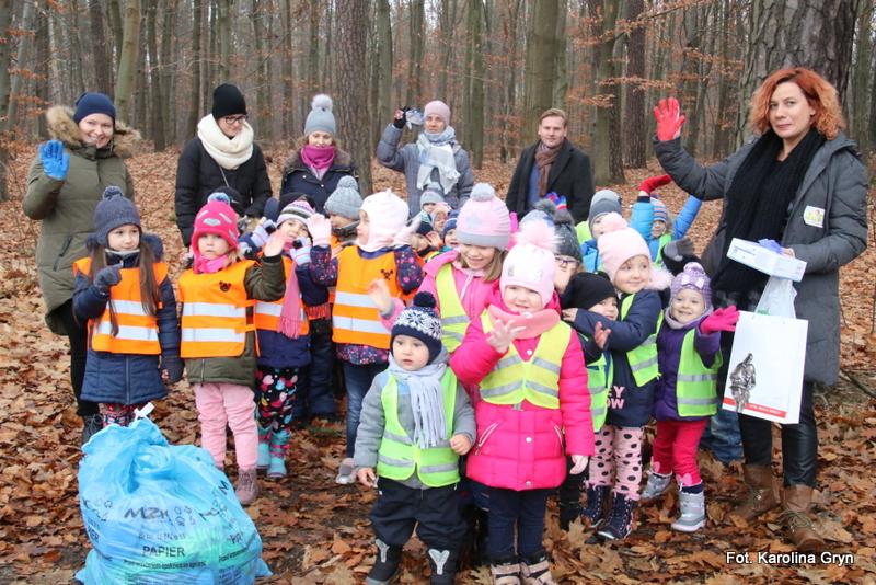 Stalowa Wola: Przedszkolaki świat sprzątają