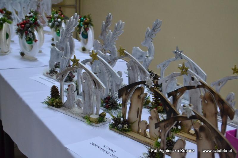 Kiermasz świąteczny w rudnickim Caritas