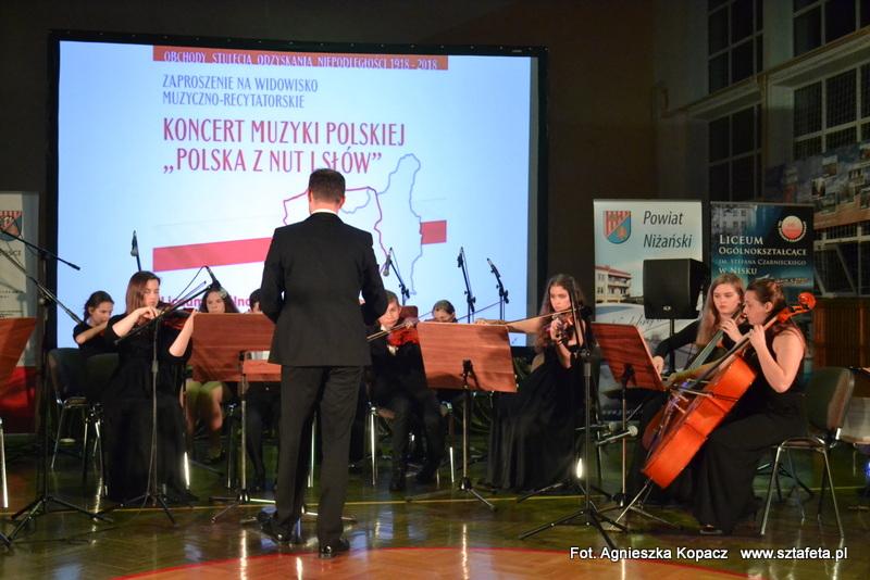 W Nisku słowem i muzyką przypomnieli drogi do niepodległości