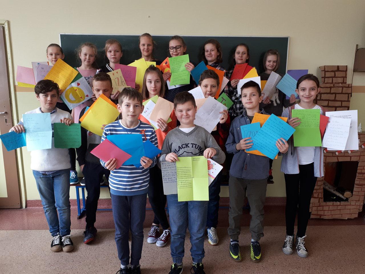 Pokazują uczniom z innych państw swój szkolny świat