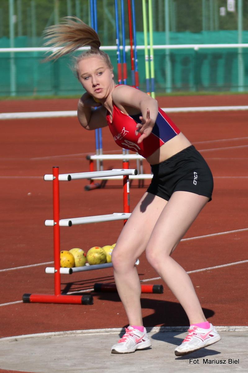 20 medali stalowowolskich lekkoatletów w mistrzostwach Podkarpacia juniorów młodszych