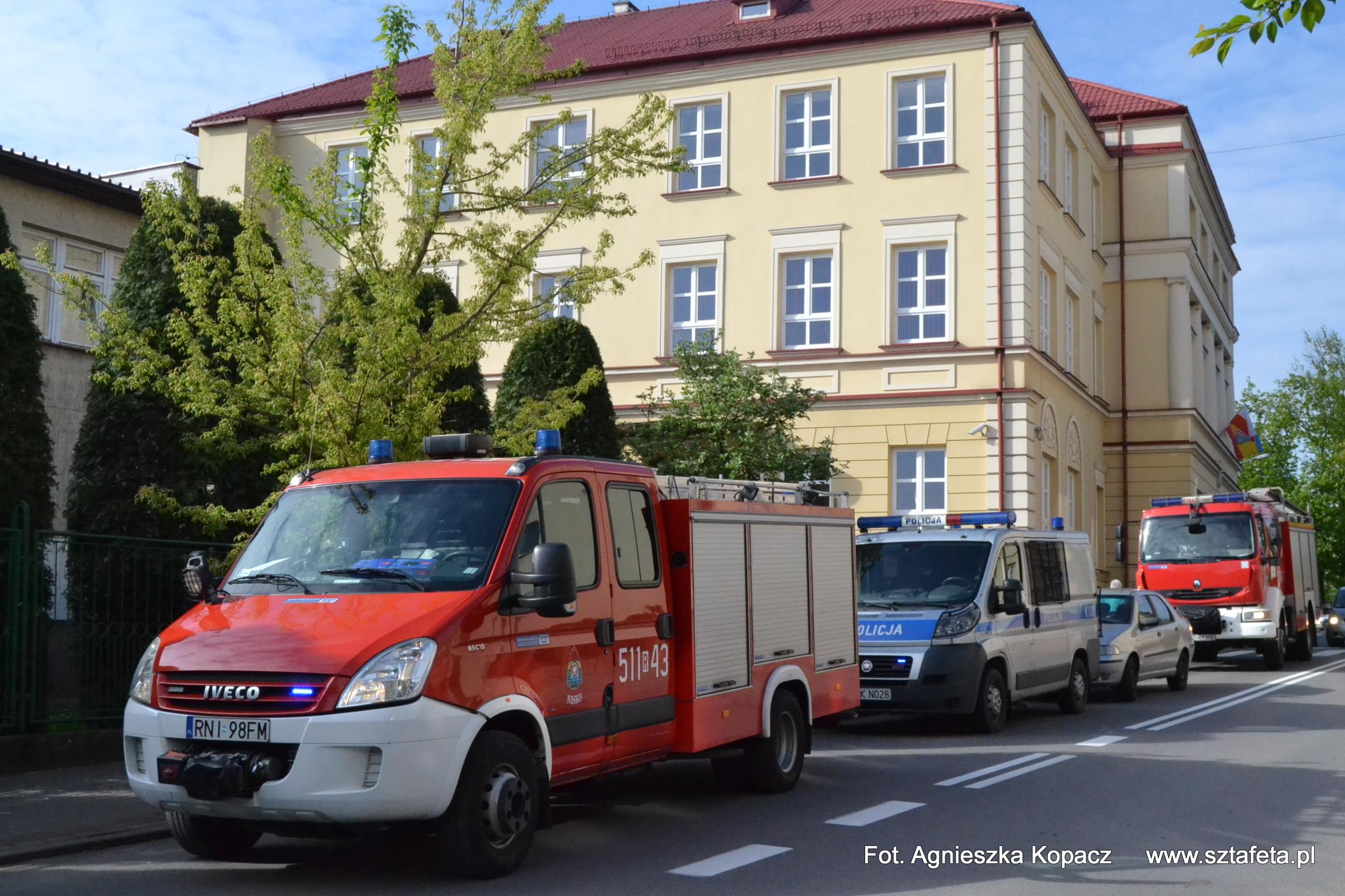 Alarm bombowy w niżańskim liceum i RCEZ