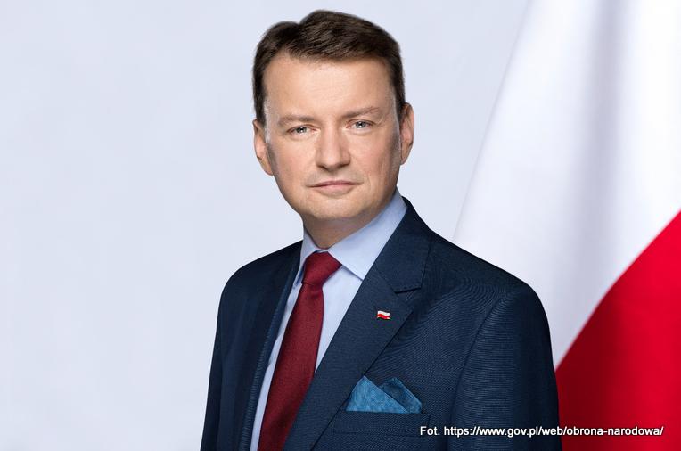 Minister Błaszczak w niżańskim garnizonie