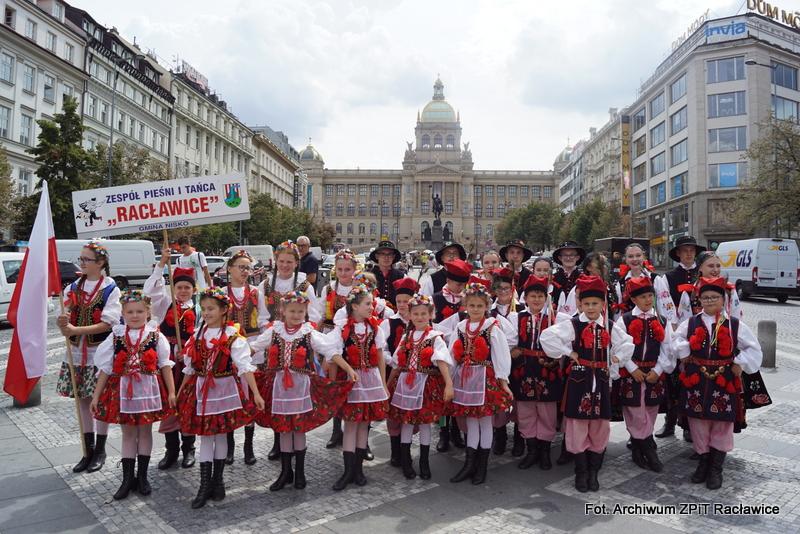 """Tancerze z """"Racławic"""" zachwycili Czechów"""