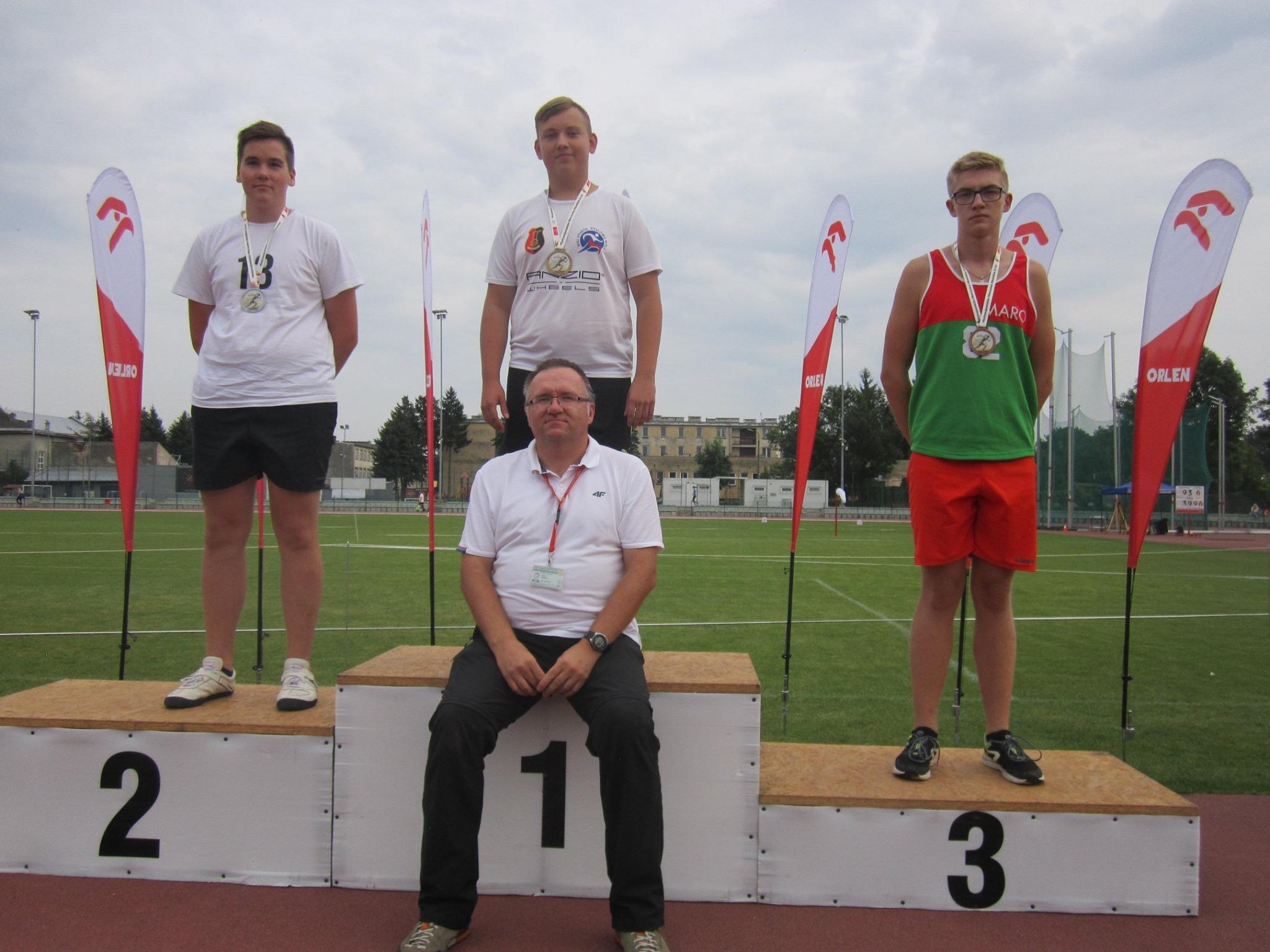Zwycięstwo Alana Witasa ze Sparty i sztafety 4x100 m Victorii