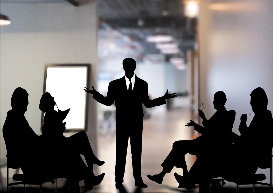 Czy inwestycja w rollup to dobry wybór dla Twojej firmy? Odpowiadamy!