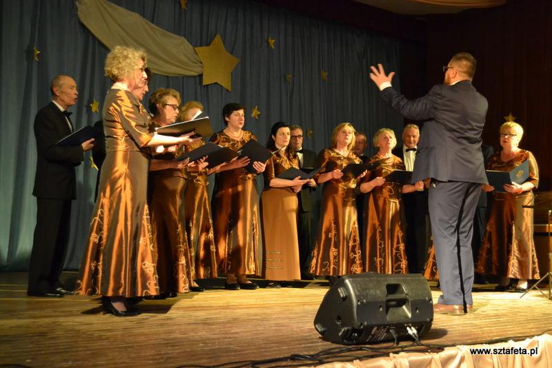 Chóralne śpiewanie w Ulanowie