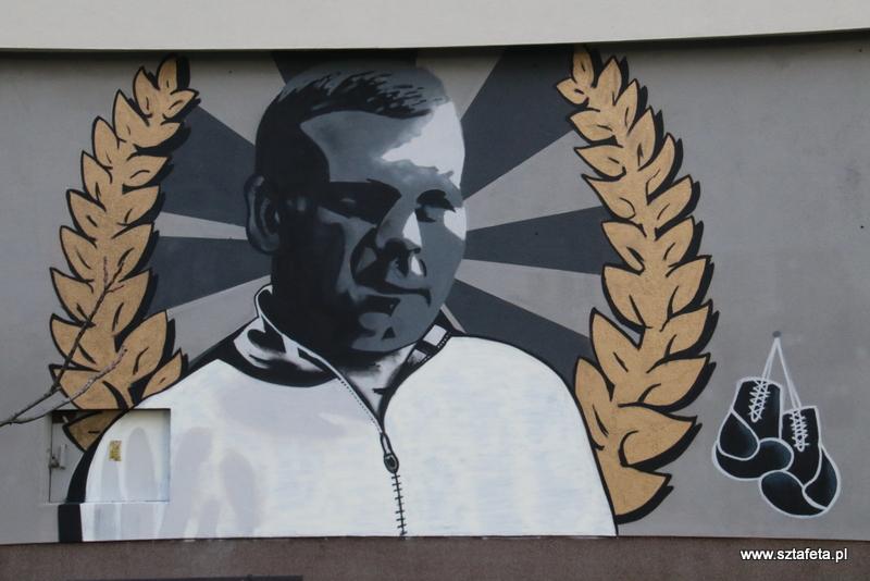 Stalowa Wola: Mural Lucjana Treli