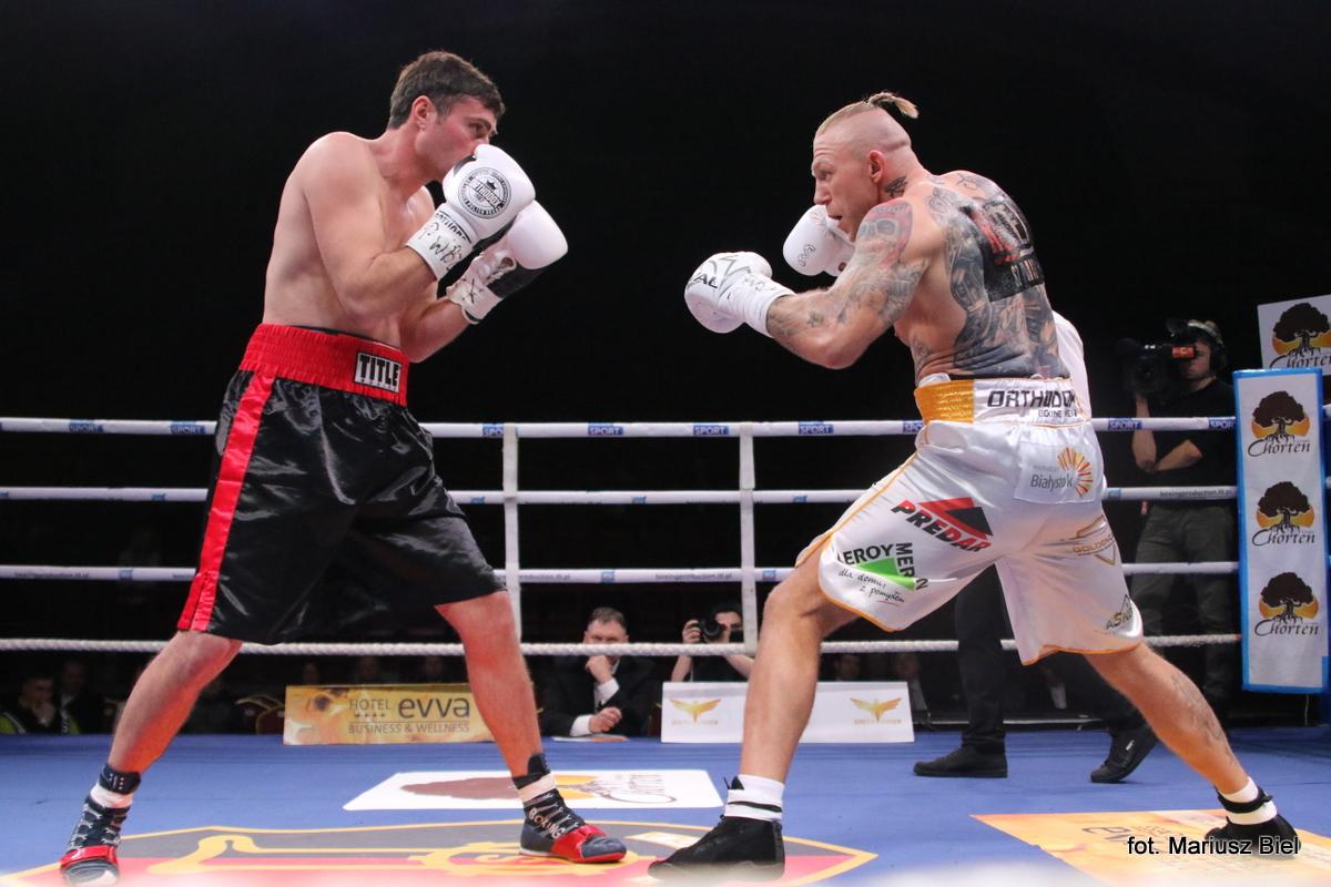 """""""Stalowa Wola Boxing Show"""". Zwycięstwo Gorgonia z Gruzinem Sujaszwilim w walce wieczoru"""