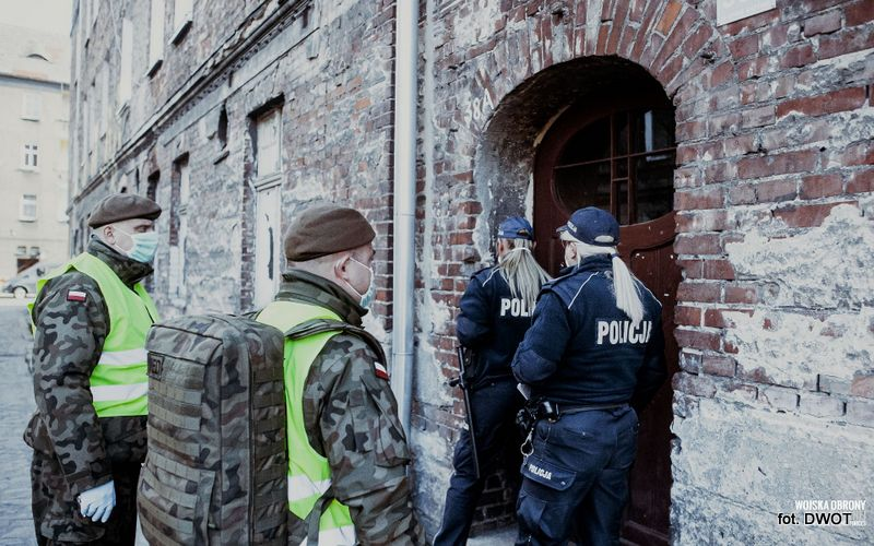 Podkarpaccy terytorialsi ramię w ramię z policjantami