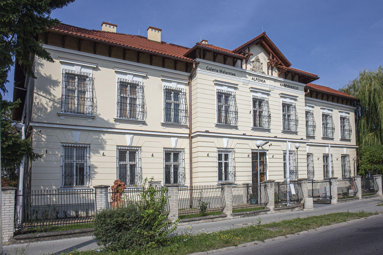 Stalowa Wola: Kontynuacja remontu konserwatorskiego budynku dawnego sądu