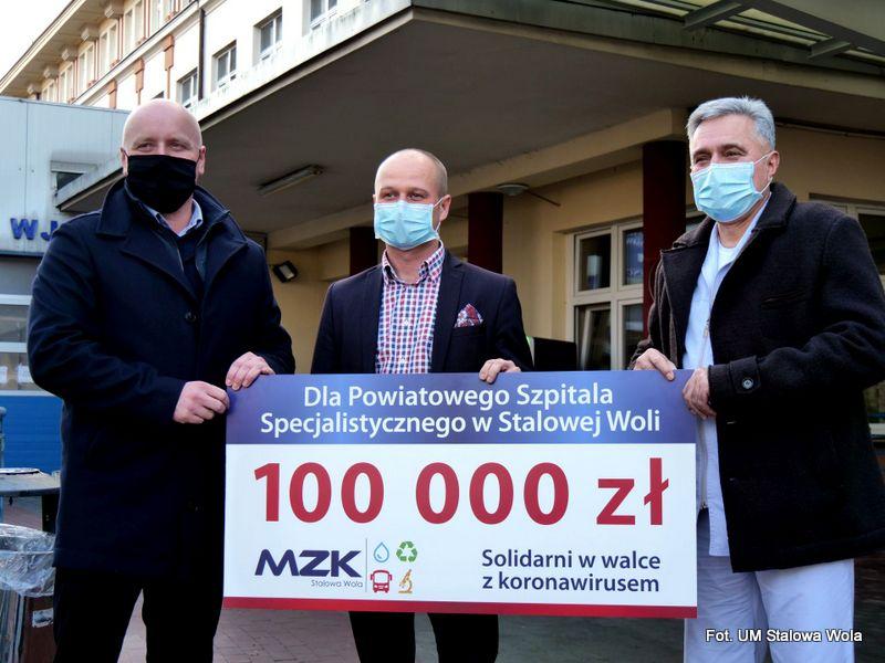 Stalowa Wola: MZK przekazał 100 tys. zł dla szpitala
