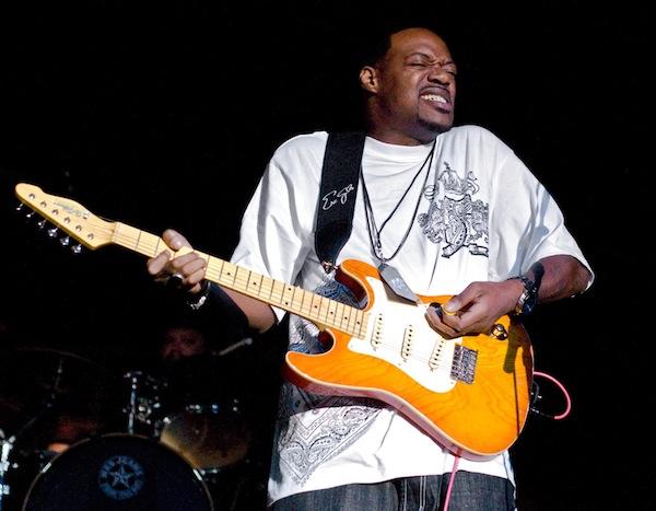 Kontynuator dzieła Jimmiego Hendrixa w MDK!